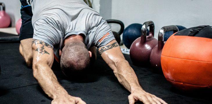 Jak szybciej odzyskać siły po treningu?